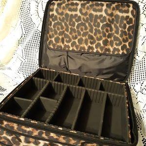 Joy Mangano makeup train case jewlery organizer